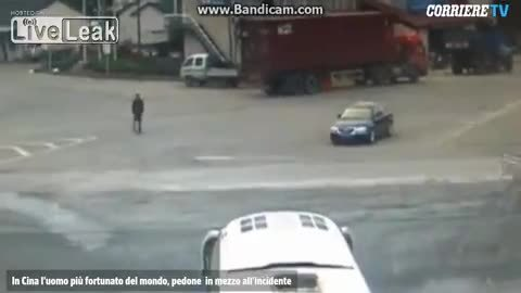 PeopleAlmostDying, nonononoyes, Guy is almost cleaned up by car and truck. (reddit) GIFs