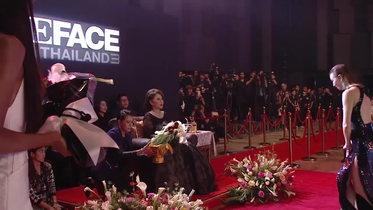 Cận cảnh nghi lễ đặc biệt chỉ có tại đêm Chung kết của The Face phiên bản Thái