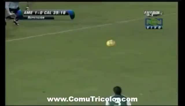 Watch Anthony de Ávila: Gol Record del Jugador Más Veterano en Colombia GIF on Gfycat. Discover more related GIFs on Gfycat