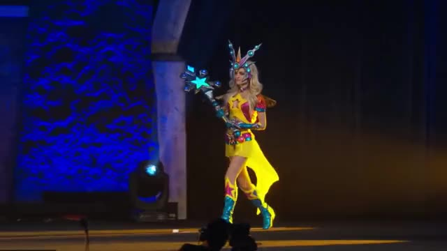 Watch Blizzcon 2016 Costume Contest GIF on Gfycat. Discover more 2016, cosplay, costume GIFs on Gfycat