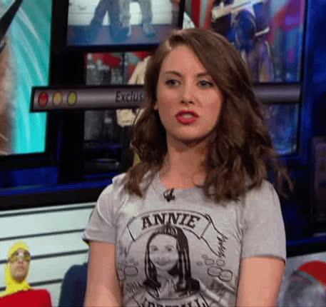 Alison Brie, eva lovia gif GIFs