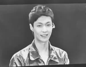 Watch Exo Sha La La GIF on Gfycat. Discover more exo, exo gif, exo lay, exo yixing, gif, lay, lay gif, yixing, yixing gif GIFs on Gfycat