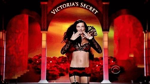 adriana lima, kiss, victorias secret,  GIFs