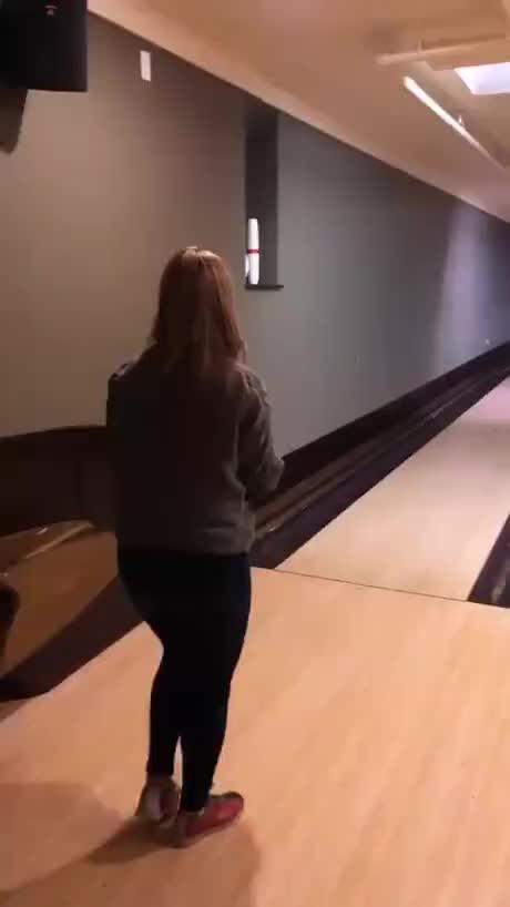 Impressive bowling skills - gif