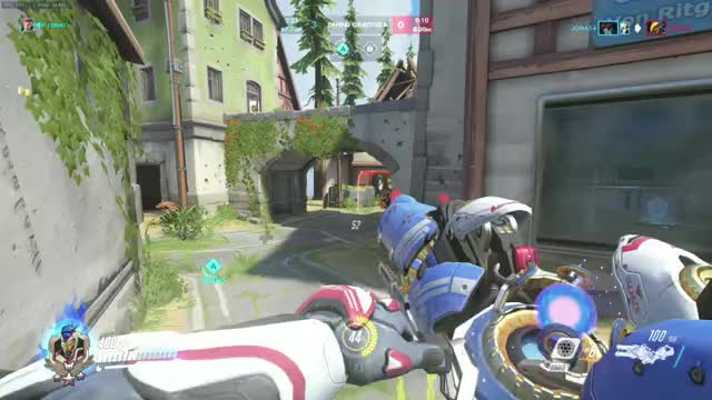 """Watch """"MOVE OUT THE WAY!!!!!!!"""" GIF on Gfycat. Discover more actuallyfunny, overwatch GIFs on Gfycat"""