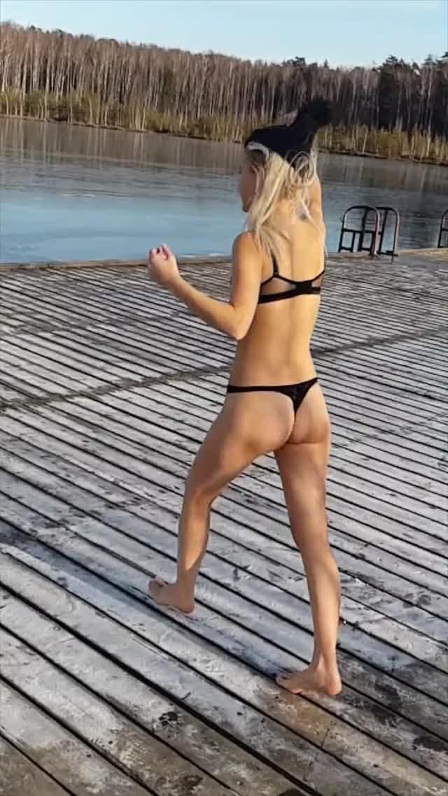 Watch Icy Lake Jump Fail || ViralHog GIF on Gfycat. Discover more Entertainment, viralhog GIFs on Gfycat