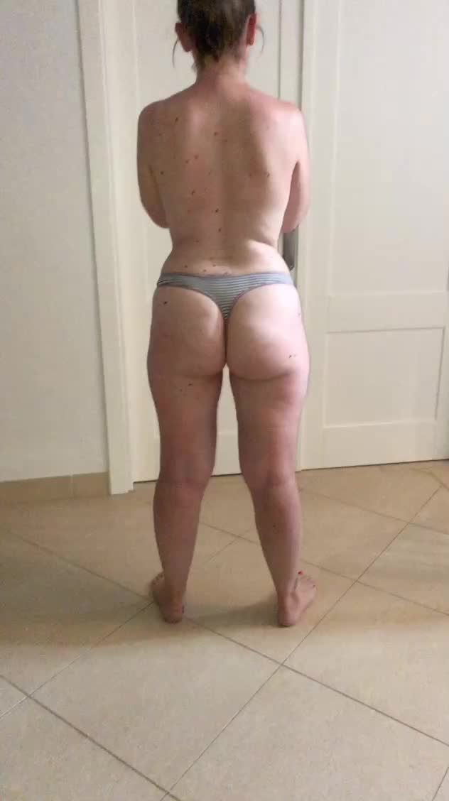 who would cum on my wifes wazoo?