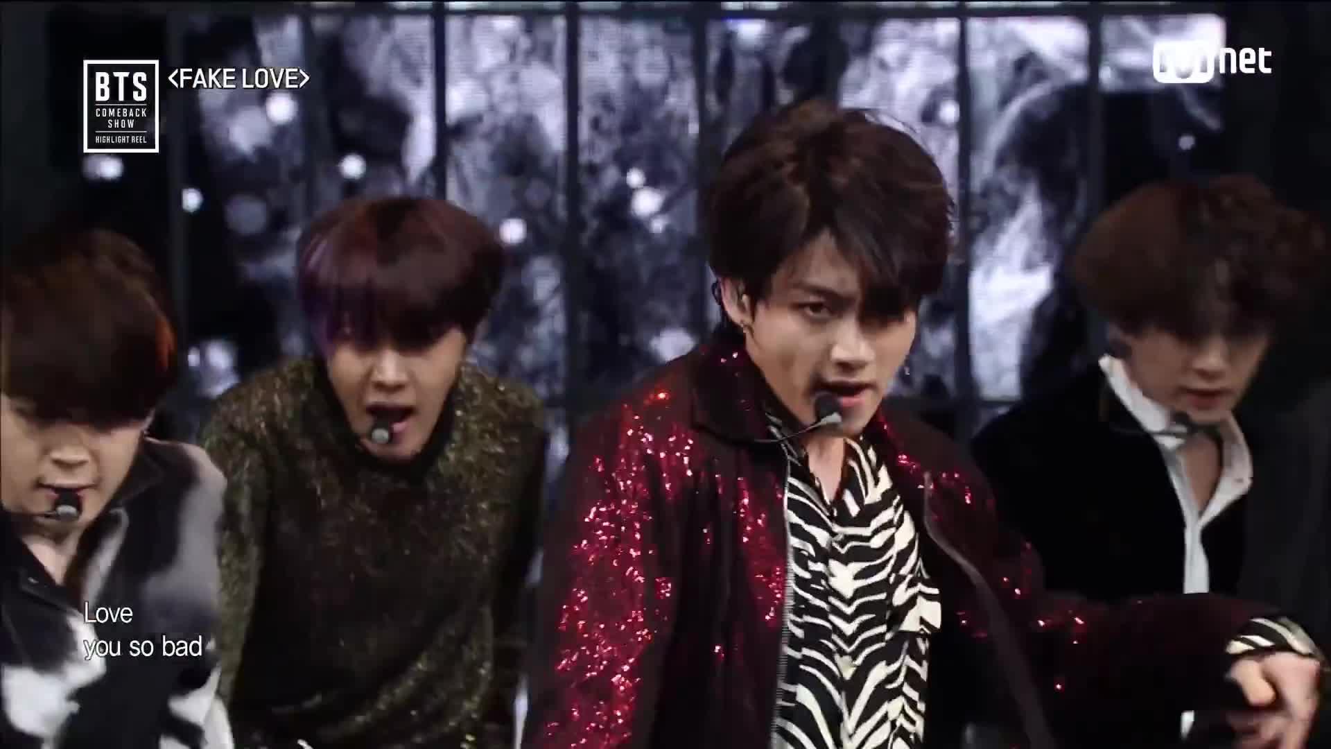 Bts 방탄소년단 Fake Love At Bts Comeback Show Gif