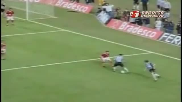 Watch and share Ronaldinho Gaúcho GIFs and Elástico GIFs on Gfycat