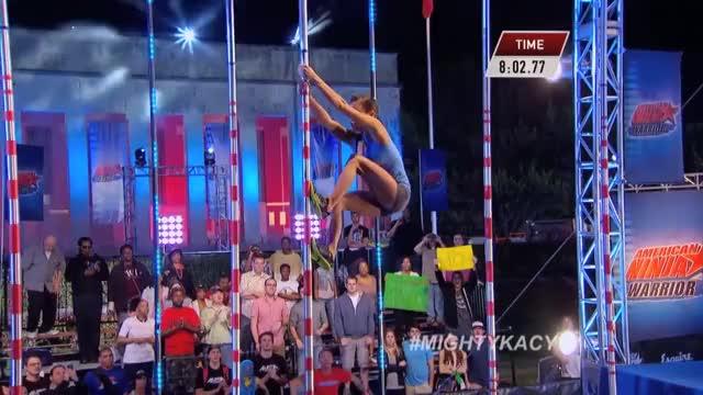 Kacy Catanzaro at the 2014 Dallas Finals | American Ninja Warrior (reddit)