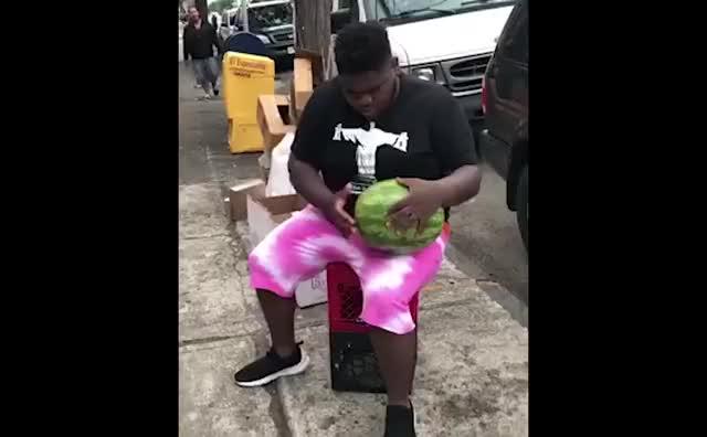 Watch fatboy sse watermelon meme GIF on Gfycat. Discover more Comedy, OrangePoptart, fatboy, fatboy sse, fatboysse, fireflies, meme, ok ill stop with the tags lol, owl city, watermelon GIFs on Gfycat