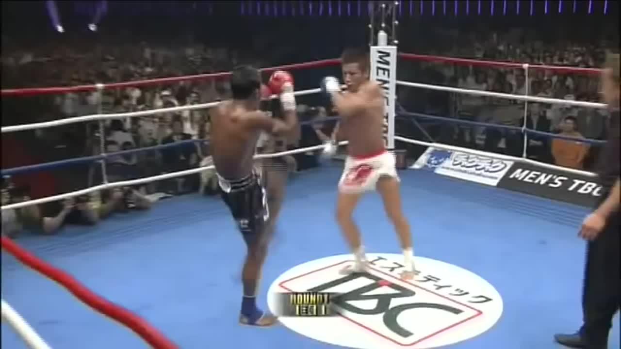 buakaw, kickboxing, Buakaw GIFs