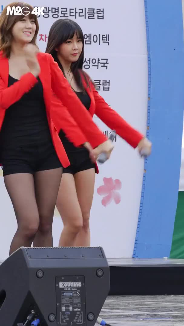 Watch and share Hyunyoung GIFs by lannock on Gfycat