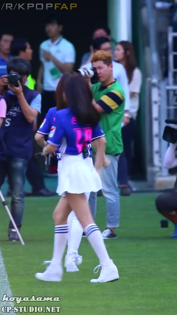 Watch and share 160619 Apink Chorong 4 GIFs by Chomifap on Gfycat