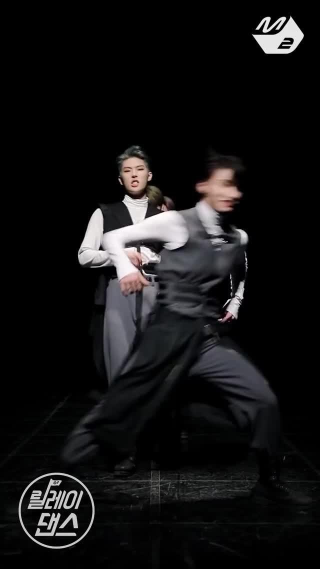Watch ATEEZ Mingi GIF by Robyn (@robyn_93) on Gfycat. Discover more K-Pop, Kpop, K팝, M2, MPD, Mnet, 아이돌, 엠넷, 엠투, 엠피디 GIFs on Gfycat