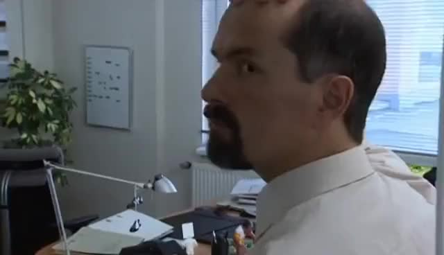 Watch and share Becker Kommt Zurück - Stromberg GIFs on Gfycat