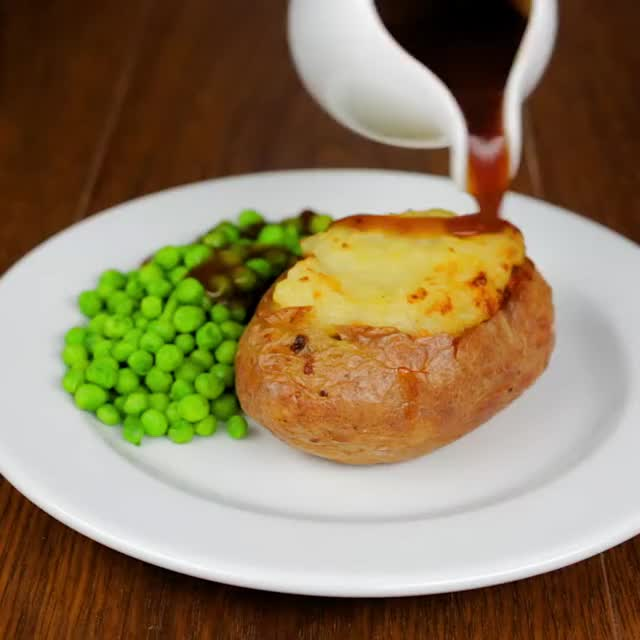 Watch and share Sheperd's Potatoes GIFs and Jacket Potatoes GIFs by lnfinity on Gfycat