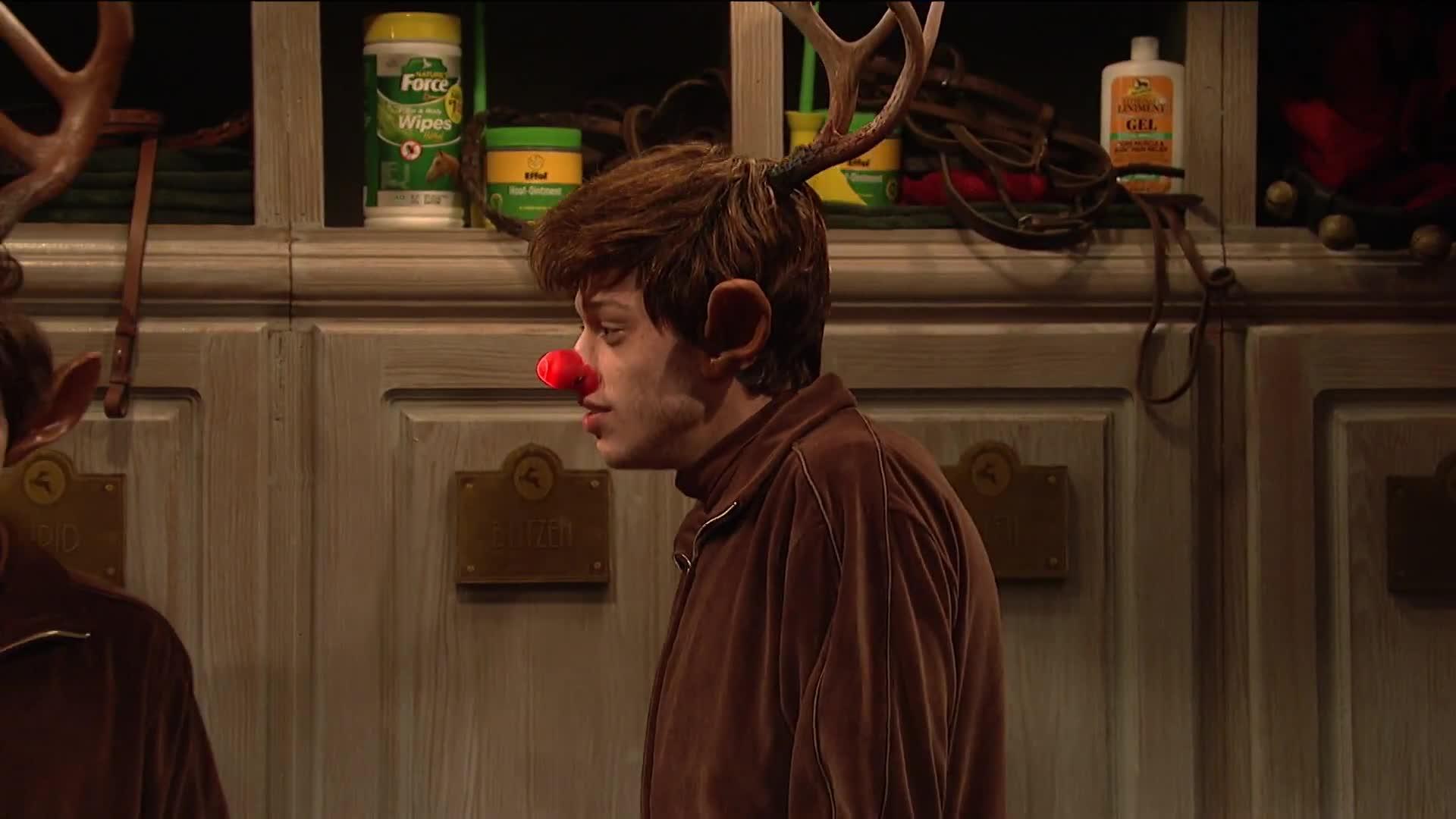 beck bennett, jason momoa, mikey day, nbc, pete davidson, saturday night live, season 44, snl, snl 44, snl season 44, Rudolph's Big Night - SNL GIFs
