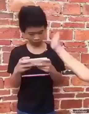 Watch and share Đôi Khi Nóng Giận Chỉ Làm Xấu Thêm Mọi Chuyện :)) GIFs on Gfycat