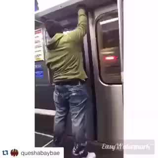 brokengifs, MRW I find a suddenly find a portal on the subway. (reddit) GIFs