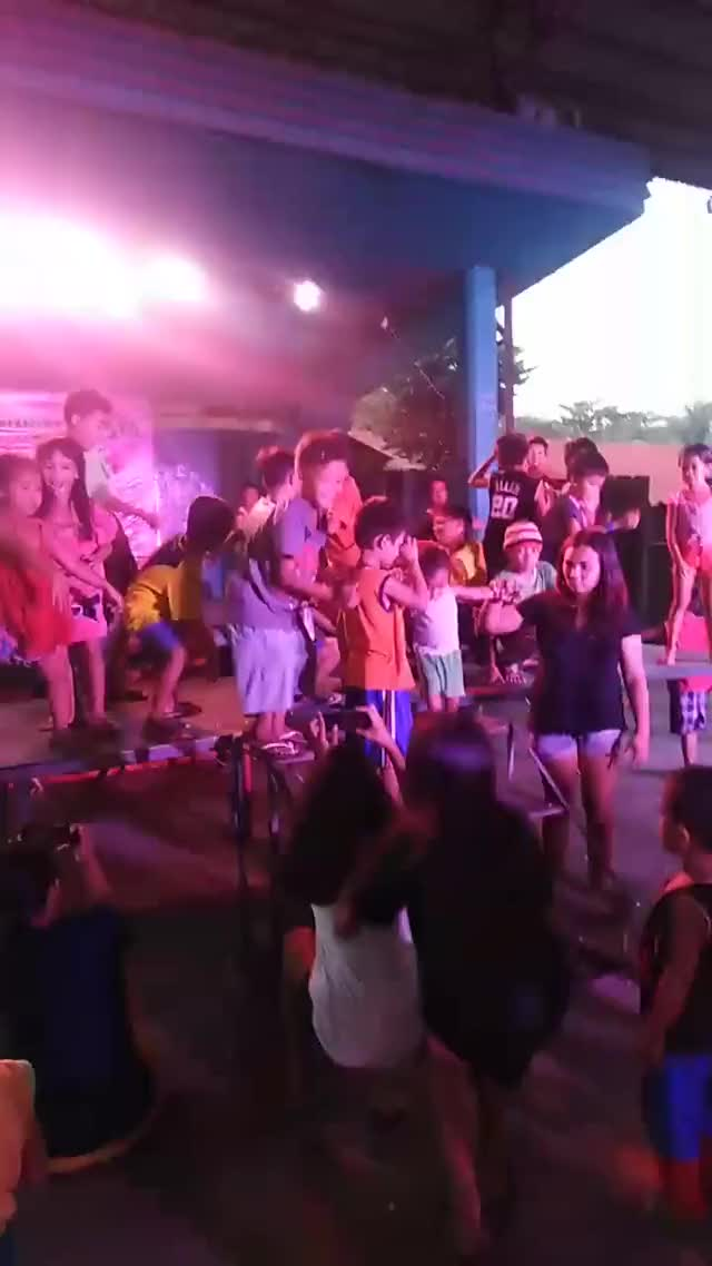 Watch and share Happy Fiesta Batang Zone 6 Party Party 🤼♀️🤼♂️🤼♂️🤼♀️ GIFs on Gfycat