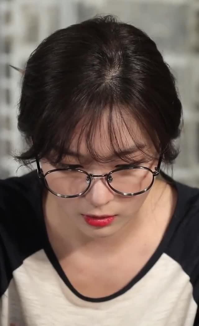 Watch and share Red Velvet - Seulgi GIFs by Dang_itt on Gfycat