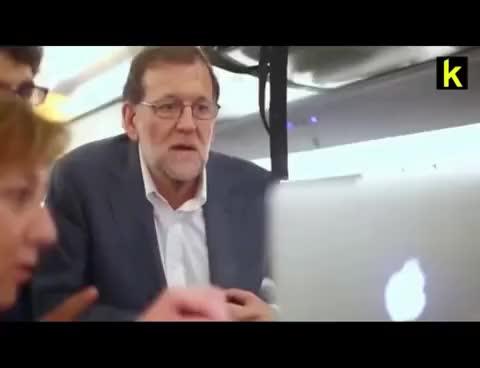 Watch Rajoy está muy contento por la llegada de Pokemon GO GIF on Gfycat. Discover more related GIFs on Gfycat