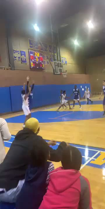 Watch and share Basketball GIFs by dbrown10 on Gfycat