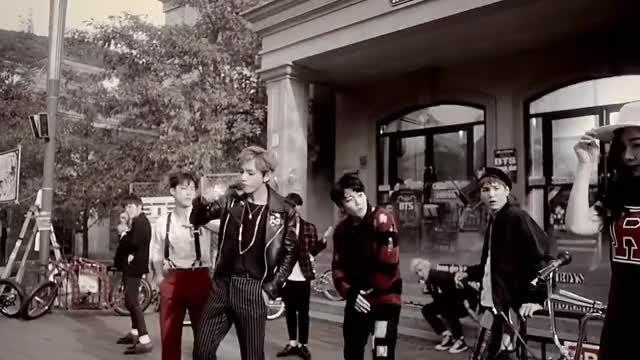 Watch [MV] BTS(방탄소년단) _ War of Hormone(호르몬 전쟁) GIF on Gfycat. Discover more 1theK, LOEN GIFs on Gfycat