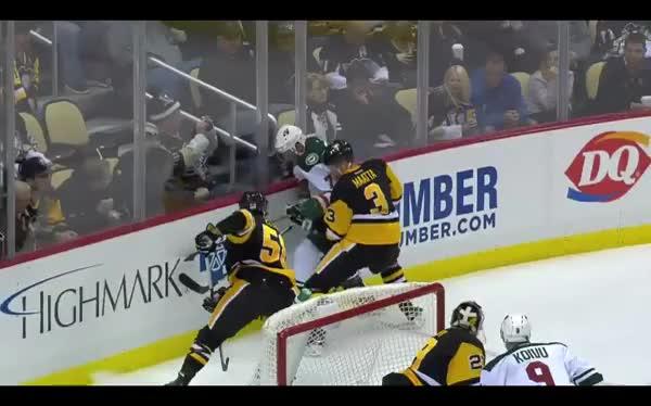 Watch and share Wildhockey GIFs and Hockey GIFs by mwurdeman07 on Gfycat