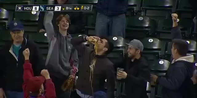 baseball, beer, mariners fan, seattle, Mariners Fan Catches Ball In Beer Cup GIFs