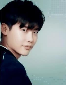 Watch and share Nam Diễn Viên Và Nữ Diễn Viên Hàn Quốc Người Hâm Mộ Art: ♥ Lee Jong Suk ♥ GIFs on Gfycat