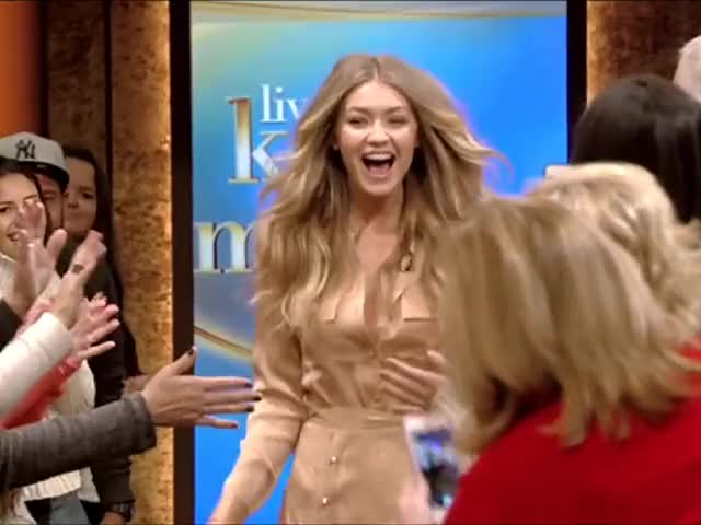Watch Gigi Hadid [r/Smoopys_Celebs] GIF by Smoopy (@smoopy) on Gfycat. Discover more Celebs, Gigi Hadid, goddesses GIFs on Gfycat
