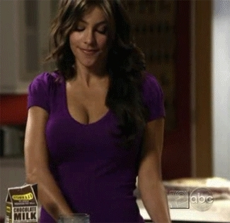Been watching Modern Family a bit of late. GIFs