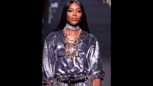 Watch this naomi campbell GIF on Gfycat. Discover more 2018, 2019, Fued, catwalk, diva, fight, fued, naomi campbell, runway, versace, vsfs GIFs on Gfycat