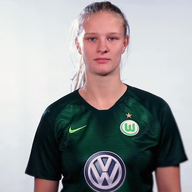 Watch and share 02 Prepare GIFs by VfL Wolfsburg on Gfycat