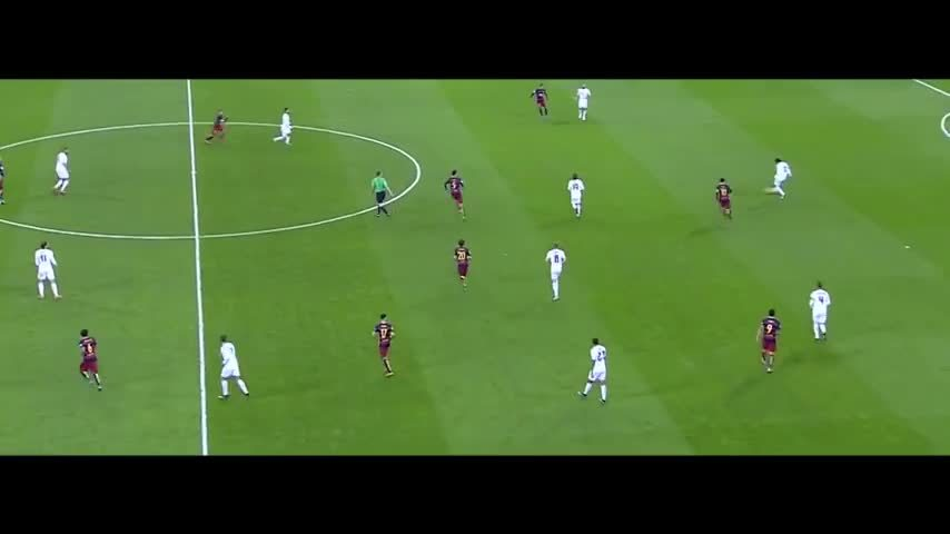 realmadrid, soccer, Isco's nice move to get rid of two players vs Napoli (reddit) GIFs