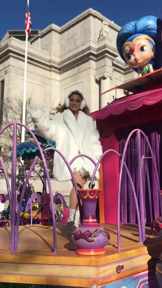 Watch Happy #Thanksgiving from #AllyBrooke on our #ShimmerAndShine float! 🧡 #macysthanksgivingdayparade GIF by interesting (@interesting) on Gfycat. Discover more AllyBrooke, ShimmerAndShine, Thanksgiving, macysthanksgivingdayparade GIFs on Gfycat