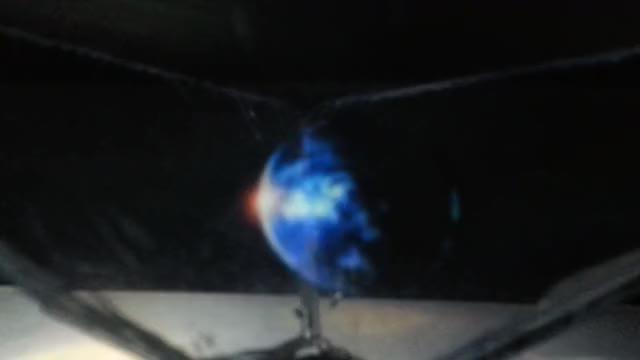 "Watch DIY""hologram"" GIF by @m0haaja on Gfycat. Discover more diy, gifs, hologram GIFs on Gfycat"