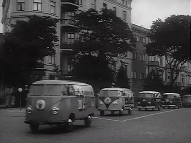 Watch VW Kombi spawn point GIF on Gfycat. Discover more volkswagen (automobile make), volkswagen transporter (automobile model), vw GIFs on Gfycat