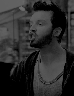 also bearded mickey is everything, gif*, god i miss you beautiful sweet face sm, look at how cute he looks when he angry!!!!!!, mickey milkovich, q, s8nse, shameless, done is done GIFs