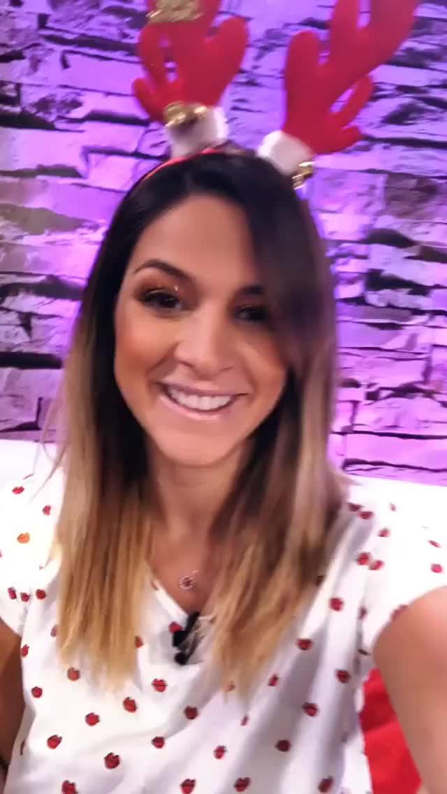 Watch and share Larolon 2018-12-20 02:10:43.858 GIFs by Pams Fruit Jam on Gfycat