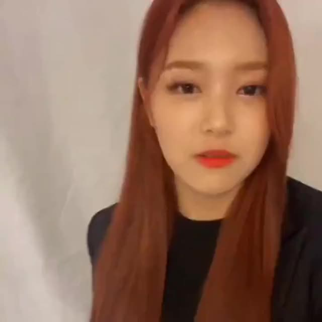 Watch and share Hyunjin GIFs and Loona GIFs by Fireballnation  on Gfycat