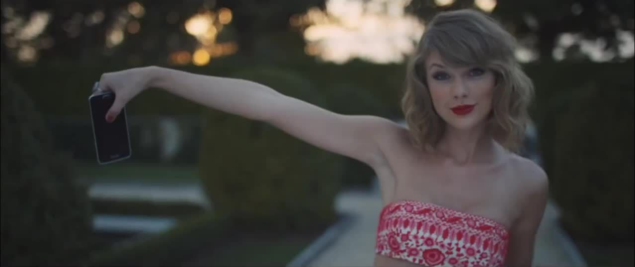 TaylorSwift, celebs, Oops- from Blank Space. [gfy](1mic) (reddit) GIFs