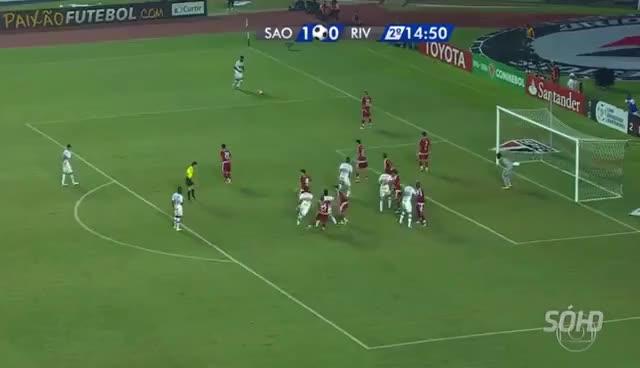 Watch and share São Paulo FC 2x1 River Plate   2º Gol Calleri   Narração De José Silvério HD GIFs on Gfycat