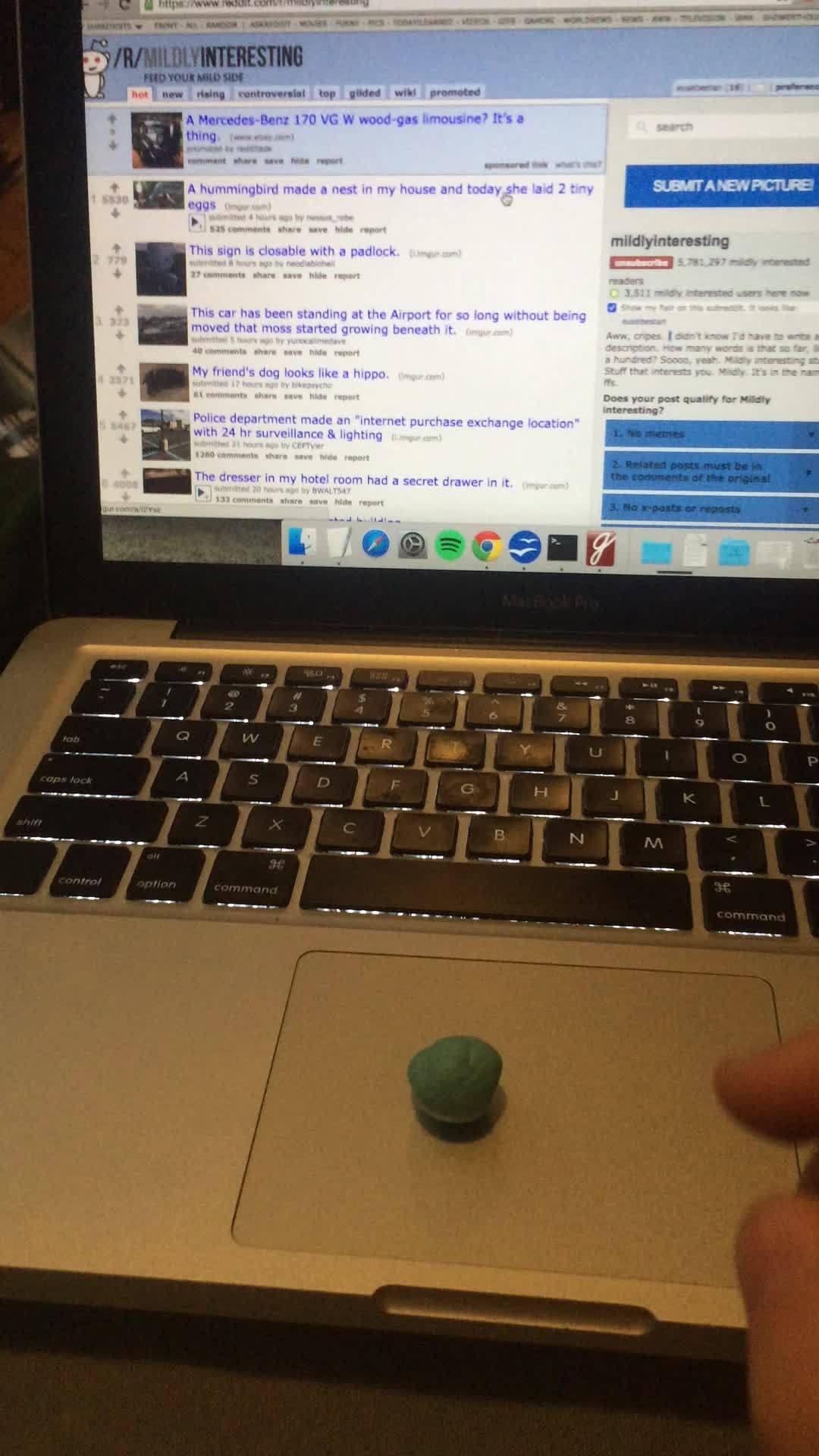 askscience, gum, macbook, Gum Trackpad GIFs