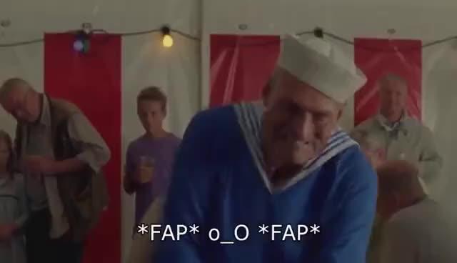 Watch and share Lille Pede Og Den Store Vandpyt - (Far Til Fire: Til Søs) GIFs on Gfycat