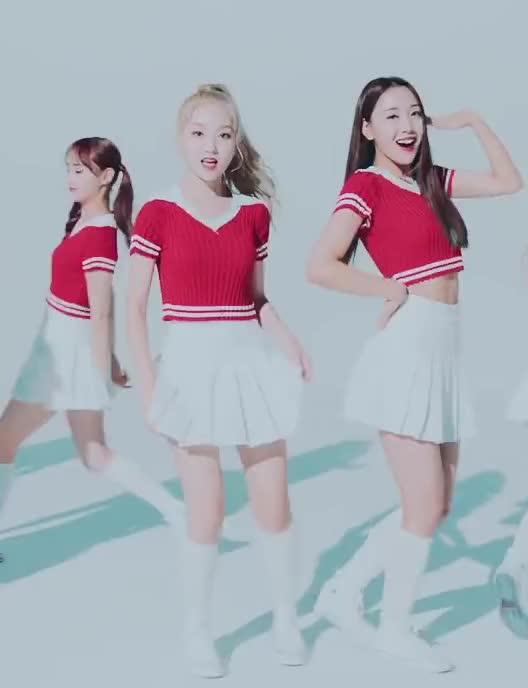 Watch and share 180905 [MV] 이달의 소녀 (LOONA) -Hi High- Original Choreography Ver 13 GIFs by theangrycamel2018 on Gfycat