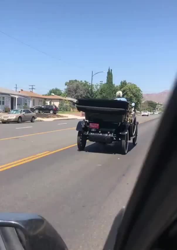 Watch and share Dashcam GIFs by mossberg91 on Gfycat