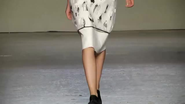 Watch and share ALBERTO ZAMBELLI - MFW - FASHION SHOW - Shoes By Paloma Barceló And Palomitas By Paloma Barceló (reddit) GIFs by daxl70 on Gfycat